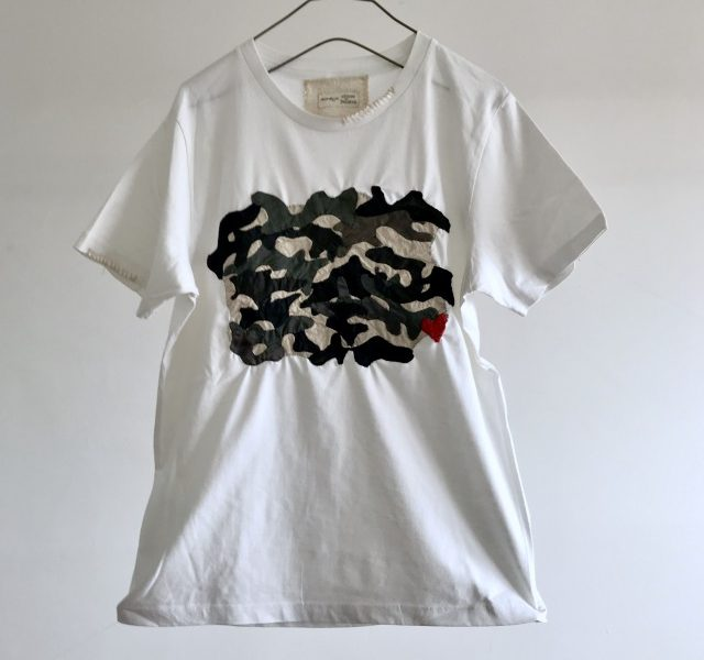 Vintage Cloth Camouflage patch T-shirt  (White)