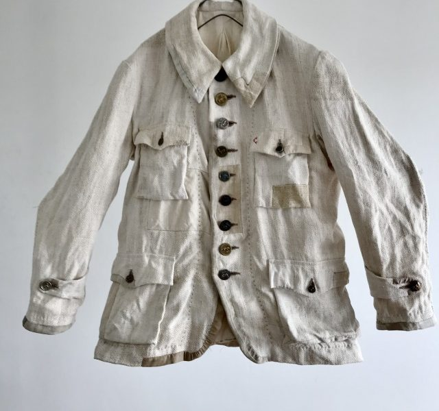1930-1940 Rustic French Linen Made Old  Hunting Jacket